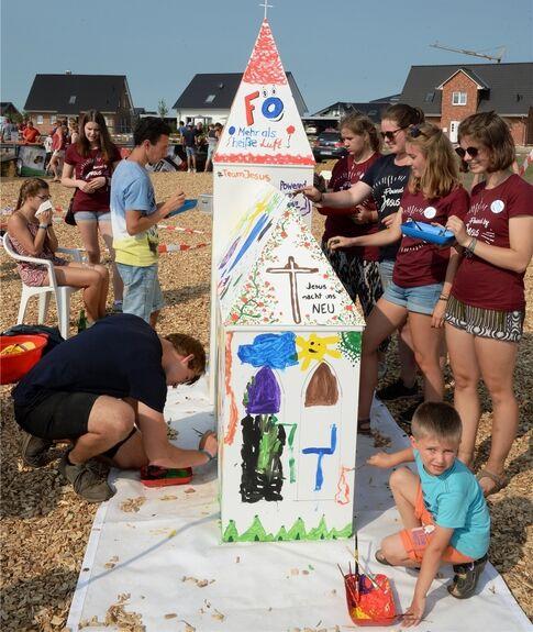"""""""Segen to go"""" und eine bunte Kirche in Harsefeld - Harsefeld - Tageblatt-online"""